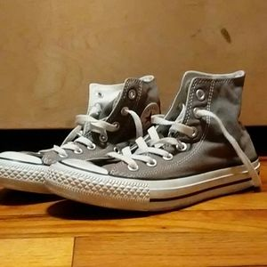 Converse Chuck Taylor All Star {High-Top}